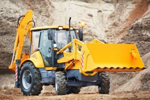 Primary Advantages of Hiring Professional Earth Movers