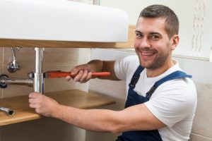 The Benefits of Getting The Service of A Well known Plumber