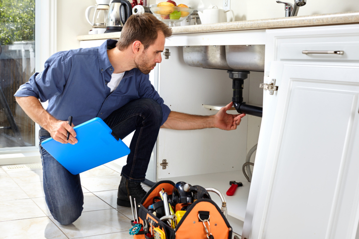 Guide To Clearing And Relining Blocked Drains and Pipes