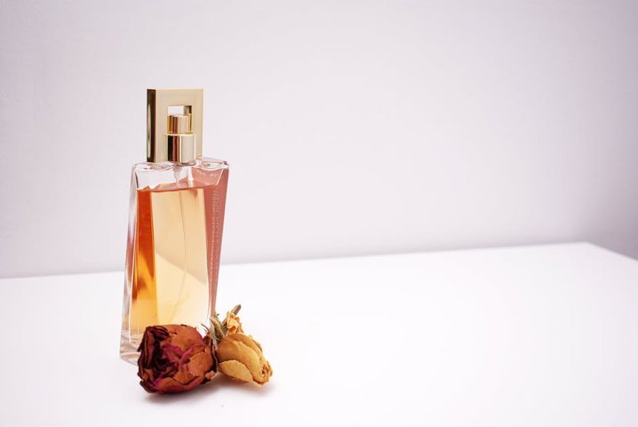 The Ultimate Gift Guide to Women's Fragrances